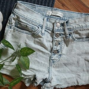 Abercrombie&Fitch High Waisted Shorts